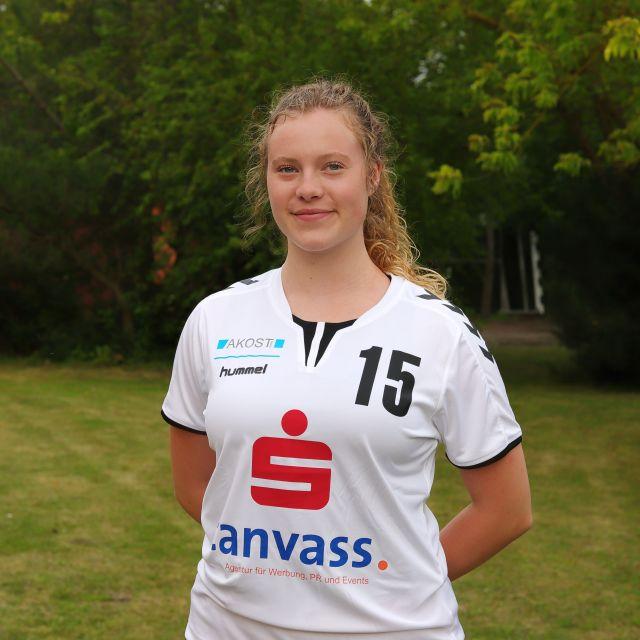 15 Jolina Hager