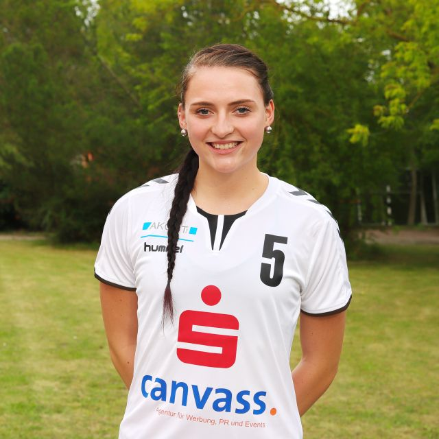 05 Hanna Naussed